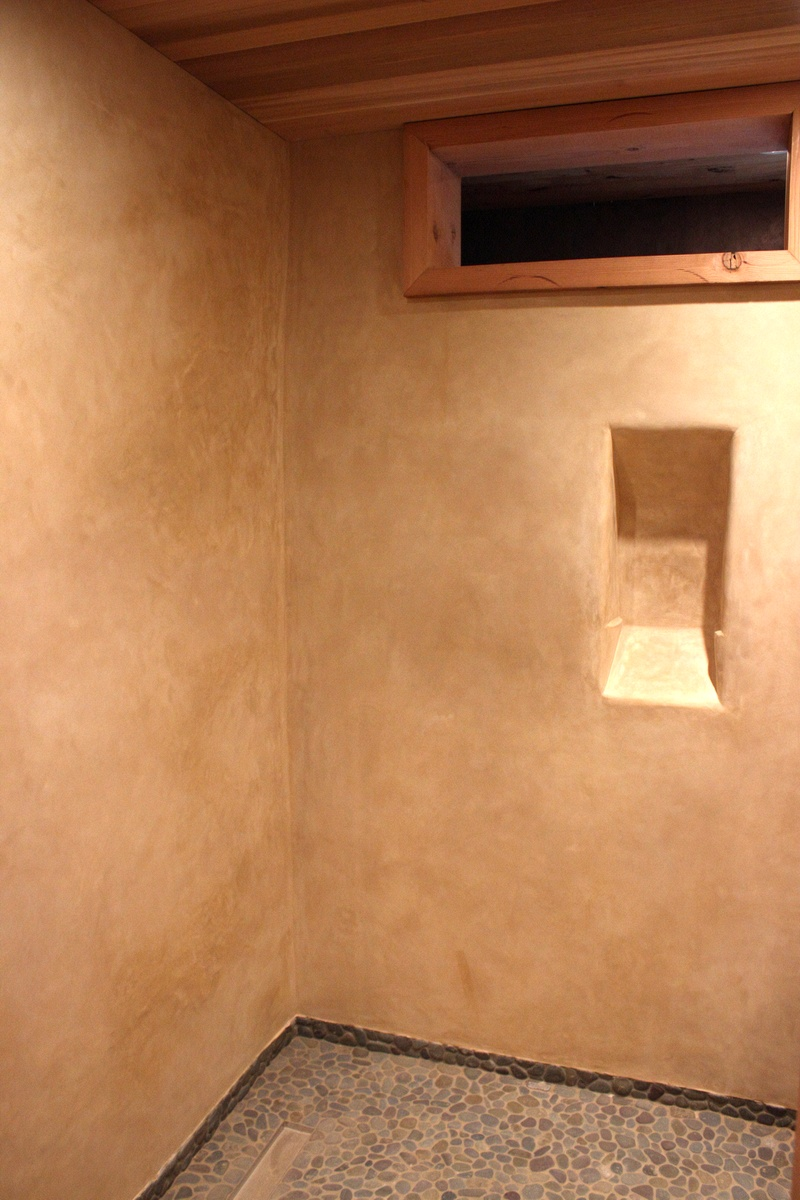 Tadelakt Shower Brown Ochre