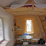 inside load bearing straw bale cabin